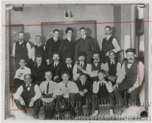 Knickerbocker Field Club bowling team 1905