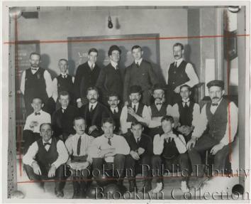 Knickerbocker Field Club bowling team 1905