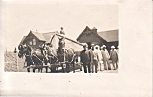 USLSS crew with three-horse hitch