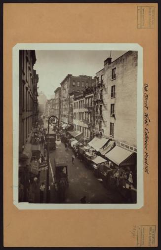 This 1933 photo shows Oak Street near Catherine Street