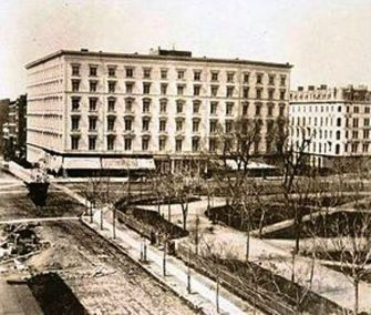 Fifth Avenue Hotel, 1860