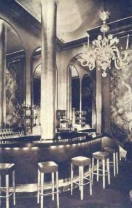 Blue Bar Algonquin Hotel