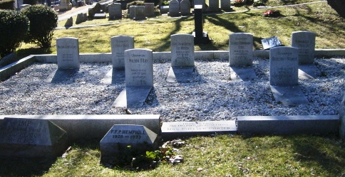 Cheever Porter graves, Hartsdale Pet Cemetery