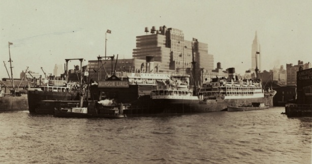 Pier64MunsonLines1931
