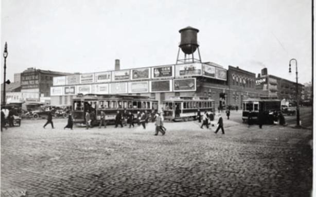 west42ndstreettrollybarn1915